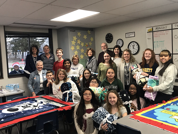 Builders Club Makes Fleece Blankets