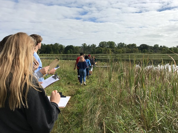 Students Study Earth Spheres